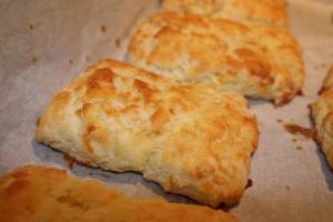 Buttermilk Cheddar Biscuits